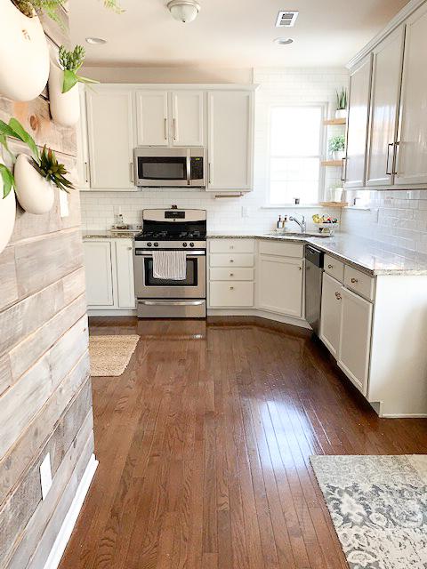 Kitchen Cabinet Makeover